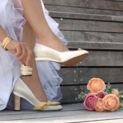 Перфектните дамски обувки на ток са тези, на които можем да сменяме и сами да избираме височината, размера и цвета на тока.